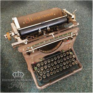1940 Underwood Type Writer- Antique