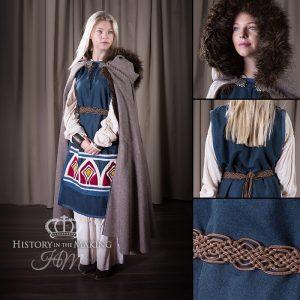 Viking-Saxon Women's Costume-Winter clothes-Fur trimmed cloak